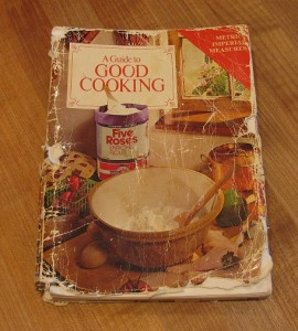 Five Roses - A Guide To Good Cooking Cook Book