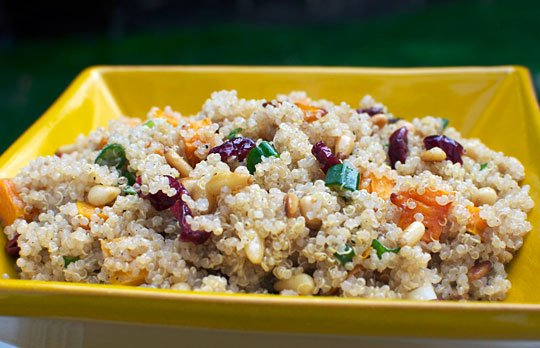 Recipe: Sweet & Crunchy Quinoa Salad - Alter Ego Fitness Experience